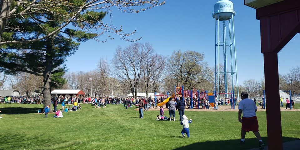 Wright's Easter Egg Hunt, Lyndon, IL